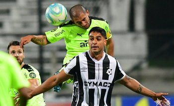 Gargano jugó muy bien contra Wanderers