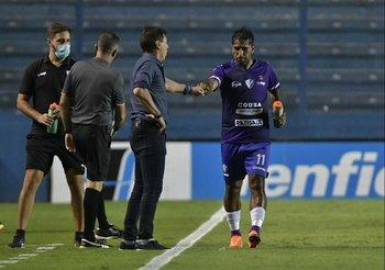 Carrasco y Franco celebran el empate