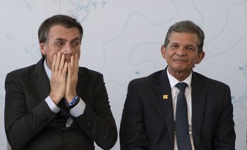 Bolsonaro y su ministro de Economía, Joaquim Silva e Luna