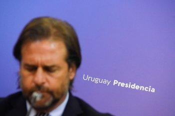 Luis Lacalle Pou decretó la emergencia sanitaria