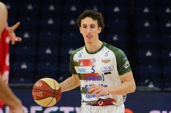 Mateo Sarni, 6 puntos y 3 asistencias