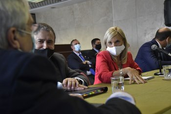 Legisladores de la coalición durante la reunión de este martes