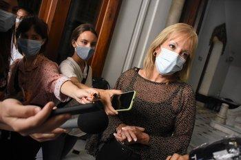 La decisión podrá reverse si Montevideo logra que haya tres días consecutivos con menos de 20 contagios cada 100 mil habitantes