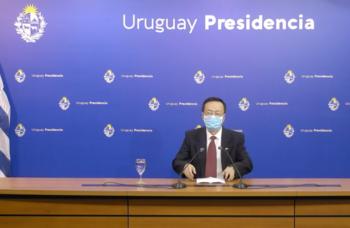 El embajador de China en Uruguay brindó una conferencia de prensa luego de reunirse con Lacalle Pou