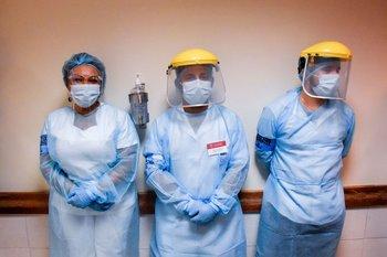 En total hubo 370 vacunadores inoculados antes de empezar el día uno