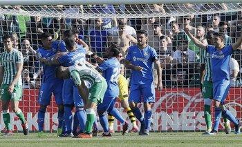 Getafe festeja el gol de Leandro Cabrera