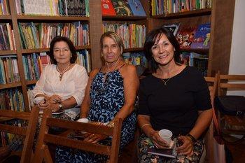 Magdalena Bayce, Adela Piñeyro y Beatriz Inzaurralde