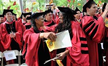Entrar a estas universidades de elite implica para muchos aspirantes -y para sus padres- años de esfuerzo y sacrificios.