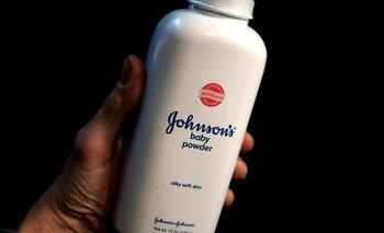 La demandante dijo que había usado talco para bebés de Johnson & Johnson en los años 60 y 70.