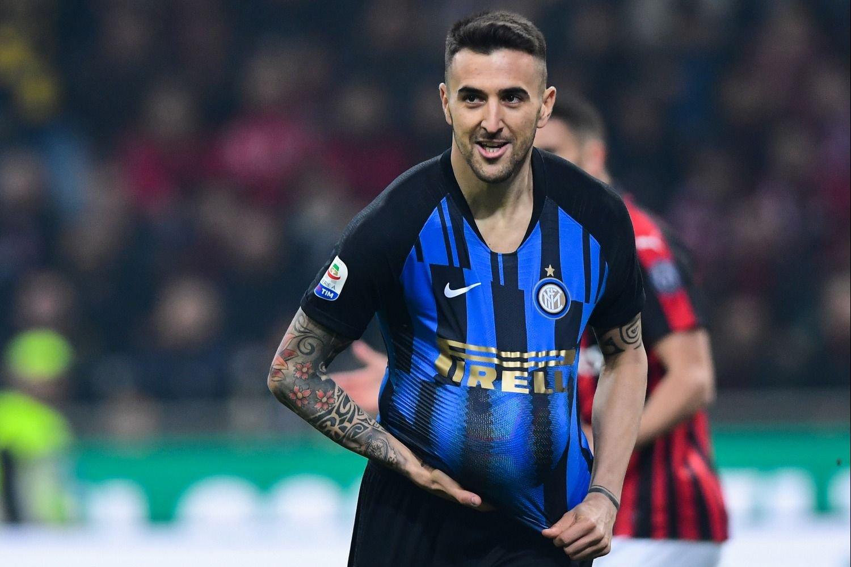 La dolorosa y vergonzosa caída del árbitro del Milan-Inter