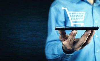 ¿Qué tipo de cosas compras a través del celular? La respuesta puede ser importante para tu economía