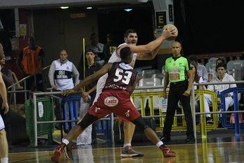 Esteban Batista y Reque Newsome