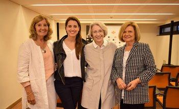 Socorro Reyes, María Noel Riccetto, Solveig Bentancourt y Elena Ward INST