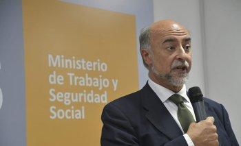Pablo Mieres durante su discurso de asunción como ministro de Trabajo