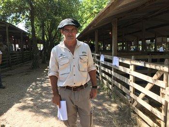 Santiago Bordaberry, es productor rural y médico veterinario.
