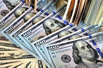 El valor del dólar blue subió fuerte en los últimos días.