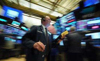 Los principales índices bursátiles terminaron en rojo.