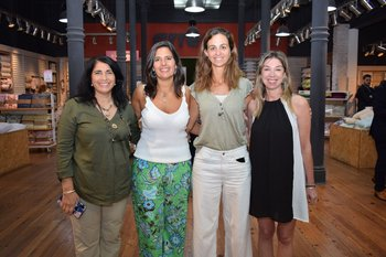 Adriana Abrham, Tamara Farre, Teresa Pérez del Castillo y Fernánda Manuel