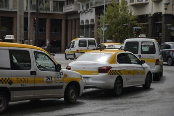 El aumento de combustibles preocupa a la gremial del taxi.