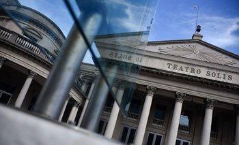 El Teatro Solís es una de las propiedades municipales que la IMM puso a disposición de ANEP