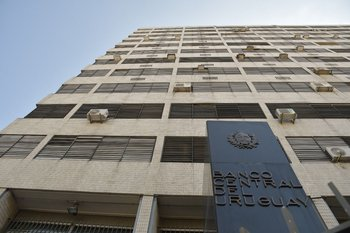 El Banco Central del Uruguay, encargado de velar por el valor de la moneda local