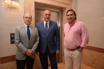 Julio Lestido, Gabriel Mudada y Charles Tatton