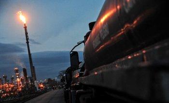 Las tarifas de los combustibles se ajustaron parcialmente en enero.