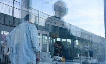 Uruguay espera para este domingo la llegada del primer lote de vacunas Astrazeneca