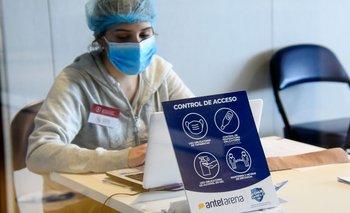 Los médicos del interior exhortan a que la población se vacune y resalta que el personal de la salud lo está haciendo. Foto: archivo