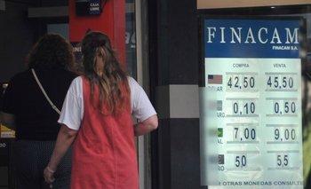 En las pizarras de los cambios privados la venta se ofrece sobre los $ 45.