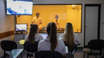 Sistema de Cámaras Gesell para la observación de casos clínicos simulados o reales.