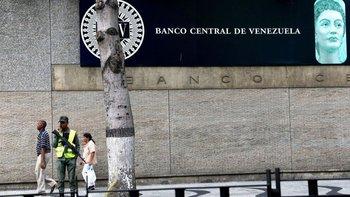 En Venezuela existe un problema de falta de cambio que dificulta las transacciones diarias.