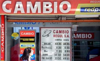 El billete verde avanzó 3,4% frente al peso uruguayo en lo que va de marzo y 5,4% desde el cierre del año pasado.