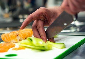 La higiene de los cuchillos al momento de cocinar es fundamental