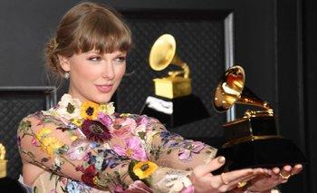 Taylor Swift ganó en la categoría principal de los Grammy