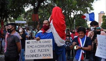 Paraguayos indignados con la política que lleva adelante el gobierno