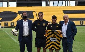 Ruglio, Vilaseca, Facundo Torres y Gustavo Guerra con la camiseta de Peñarol Rugby