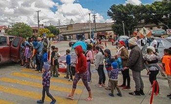 Cada día llegan más migrantes a la frontera de Estados Unidos con México y muchos de ellos son niños.