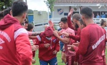 El saludo de los jugadores de Nacional.