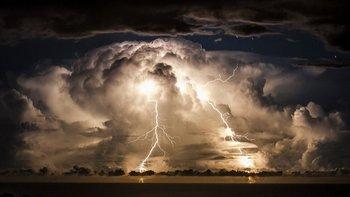 Los rayos pudieron ser clave para la formación de la vida en la Tierra.