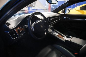 Los autos de Bacedo que se rematan son: Range Rover 5.0 HSE, un Chevrolet Camaro 2SS, un Prosche Boxter S y un Porsche Panamera 4.8 V8 Turbo