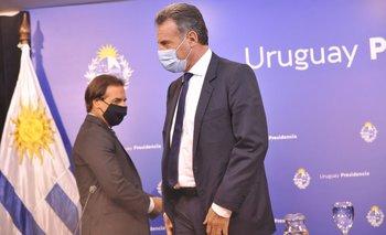 El presidente Luis Lacalle Pou y el ministro de Salud Daniel Salinas
