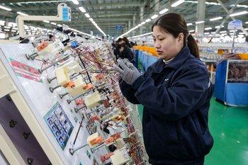 Los capitales chinos avanzan en el mundo, aunque algunos países le han puesto freno en sectores estratégicos