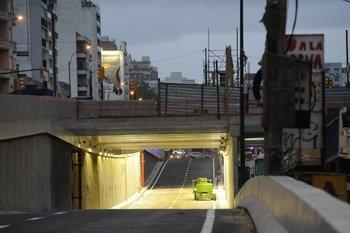 Se habilitó una vía del túnel de avenida Italia y Centenario