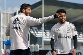 Rodrigo Bentancur volvió a los entrenamientos con Juventus luego de haberse contagiado de covid-19
