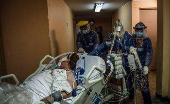 Atención de urgencia a una paciente de covid-19 en Chile