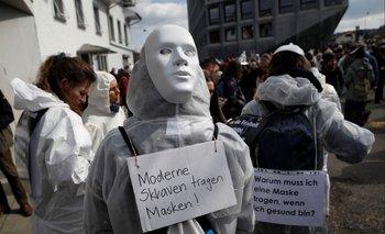 Suiza, protestas contra restricciones del covid-19