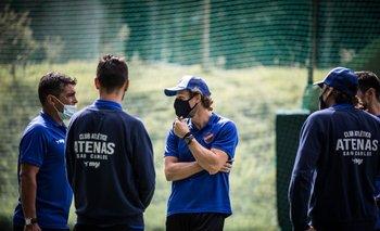 Diego Forlán dirigirá a Atenas en 2021