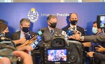 Autoridades de INAC tras la reunión con el presidente de la República
