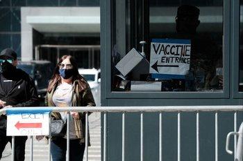 Vacunación anticovid-19 en Nueva York